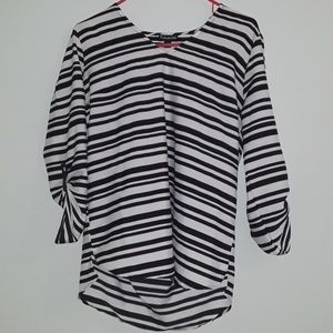 Black and white high low blouse